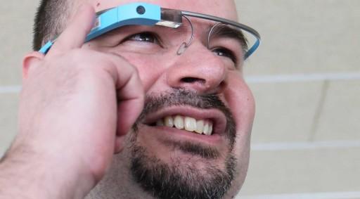 Marcus Fernández con Google Glass