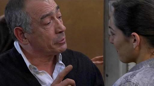Moncho dicíndolle a Marga que se Evaristo vai ao seu funeral ten que pegarlle un tiro