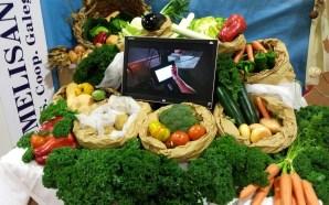 Melide celebra a súa nova feira agroalimentaria