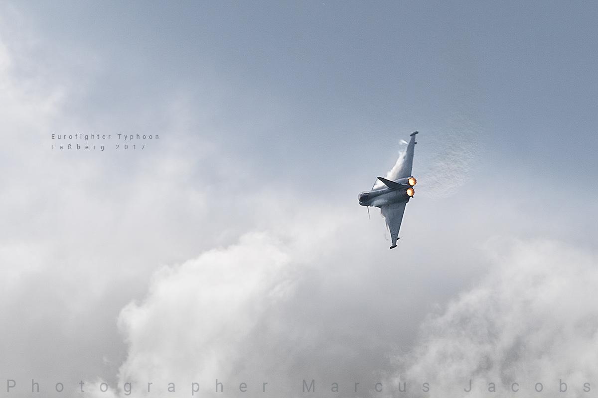 eurofighter_typhoon_DX_9584