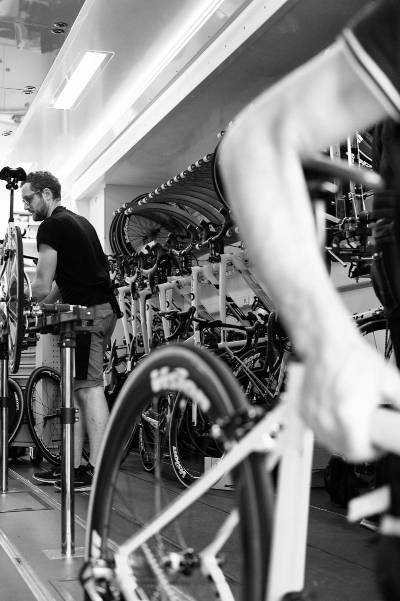 Montage der Tour Fahrräder