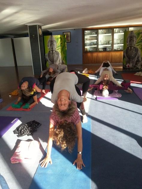 Devi yoga_Mar de yoga en Alicante_5