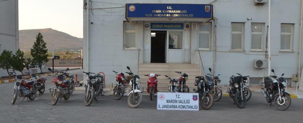 Mardin'de 11 çalıntı motosiklet ele geçirildi