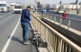 Minibüsün çarptığı bisiklet sürücüsü öldü