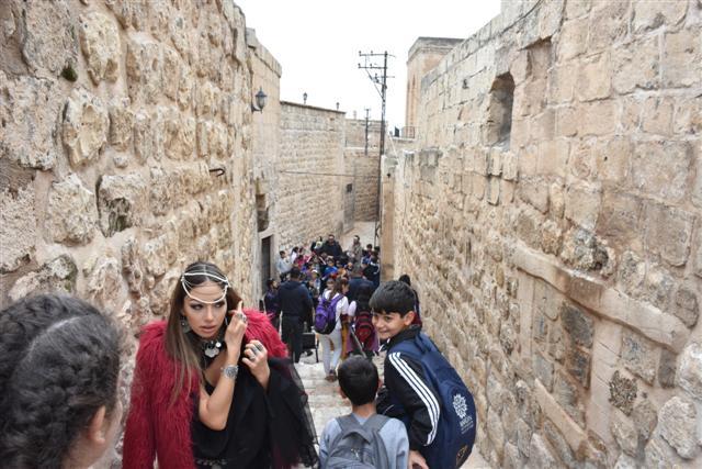 Sanatçılar Mardin'e akın ediyor