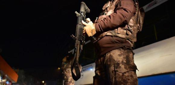 Terör örgütüne eleman temin eden şebekeye operasyon