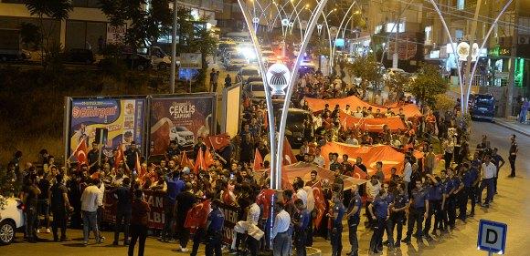 Teröre tepki ve Diyarbakır annelerine destek yürüyüşü
