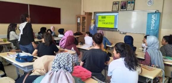 TÜGVA Mardin Kudüs İçin Okullarda