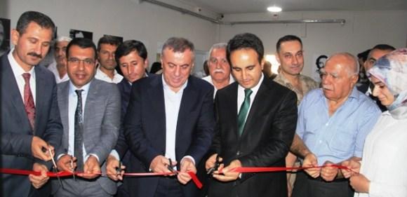 Midyat'ta Söğütlü Anadolu Lisesinde kütüphane açıldı