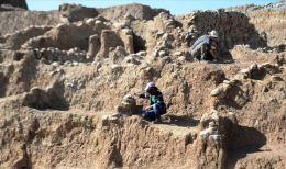 Dargeçit'te 11 bin 800 yıllık yerleşim yeri bulundu