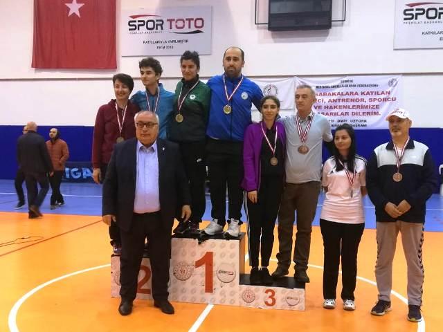 Badminton Şampiyonasına  Faruk Keskin damga vurdu