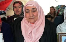 """""""Diyarbakır anneleri""""ne Mardinli  şehit annelerinden destek ziyareti"""