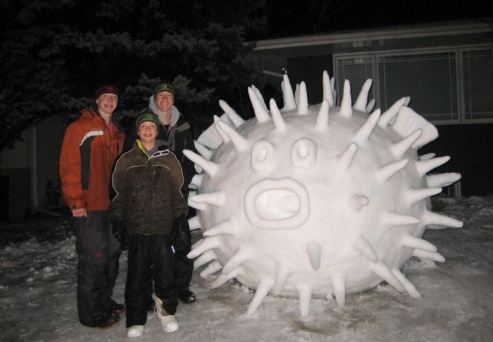 giant-snow-sculptures-bartz-brothers-8