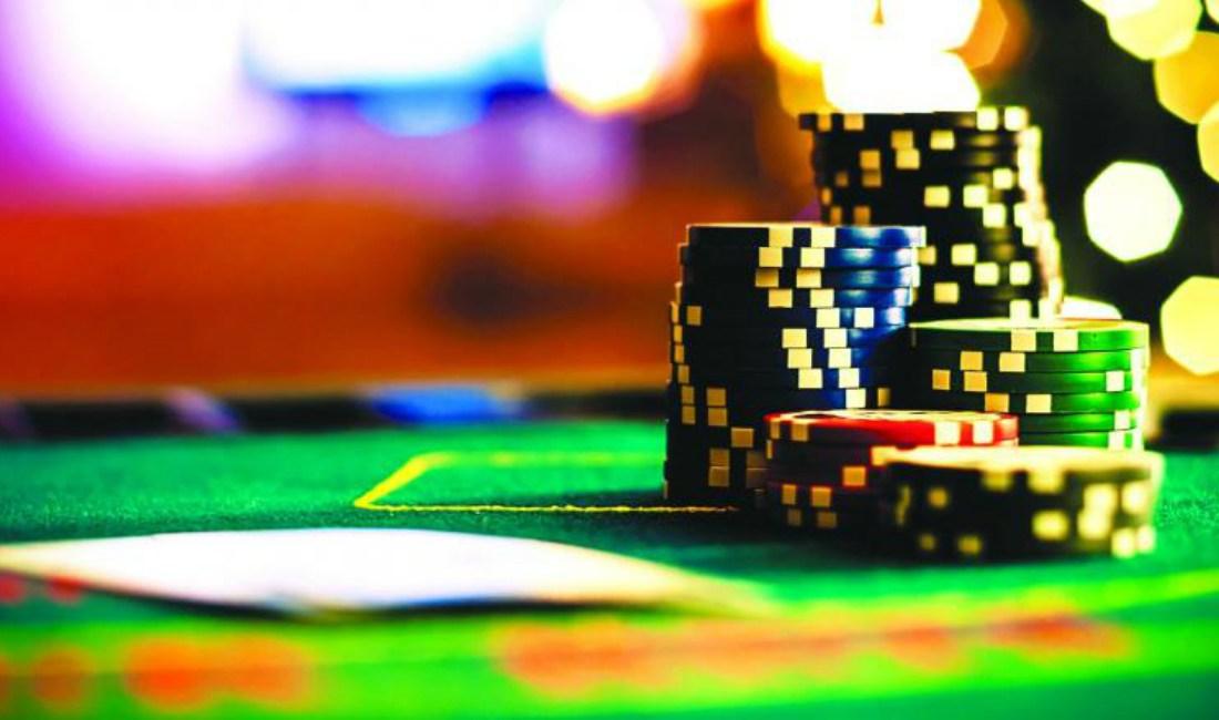 Visakhapatnam: Women indulge in gambling