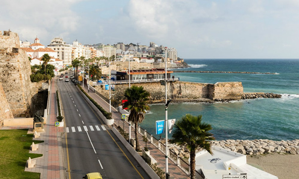 Spain to pitch Gibraltar business'