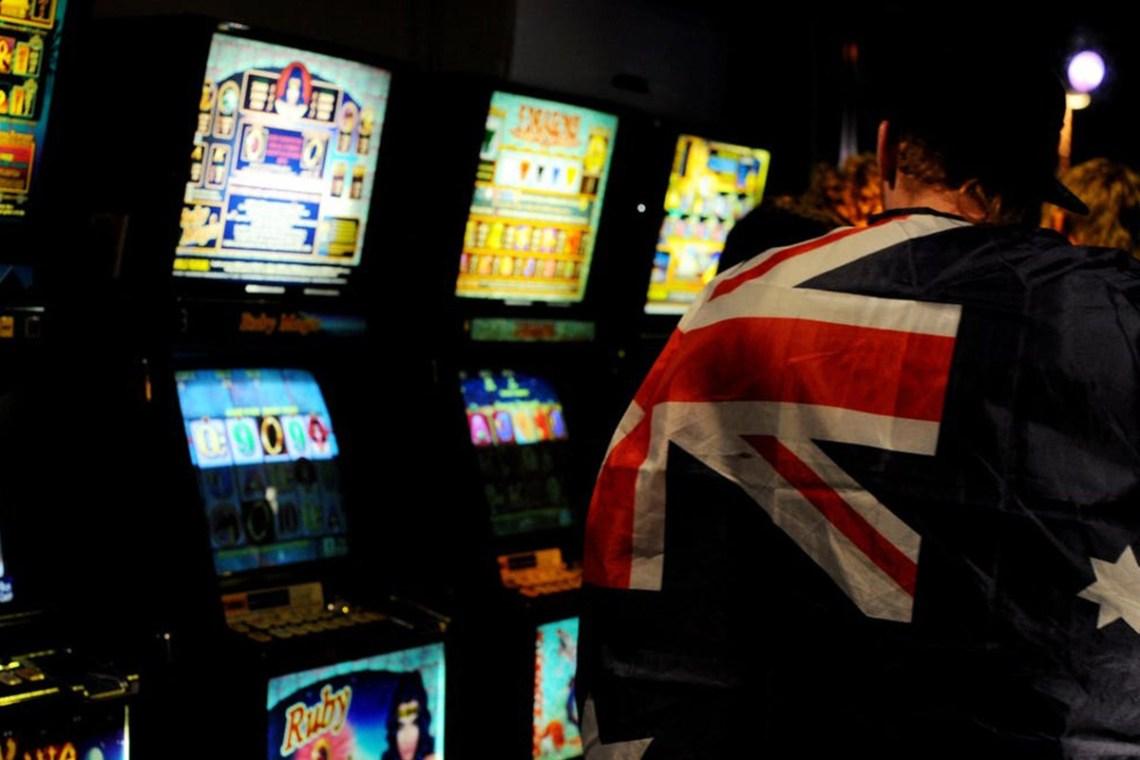 Victoria council pushes for new poker legislation