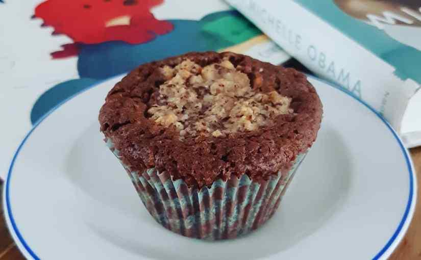Hazelnut muffins with filling
