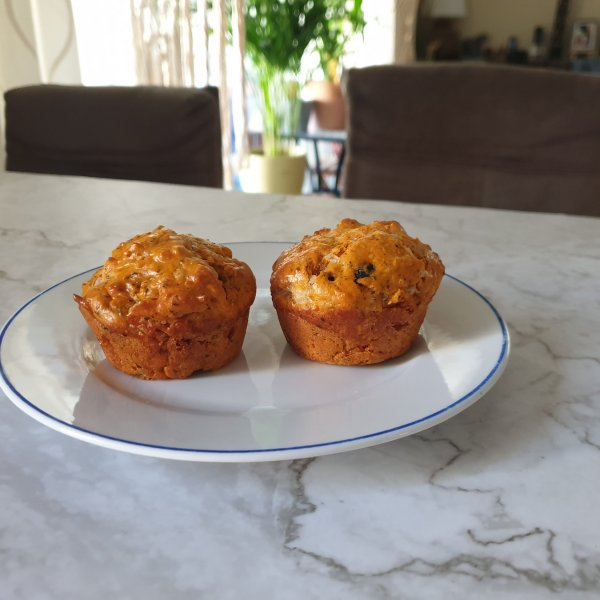 Puffins pepperoni pizza muffins