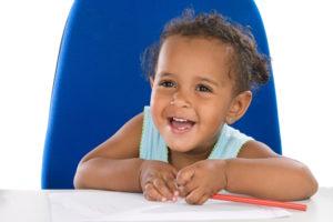 writing toddler 02H70688 1000