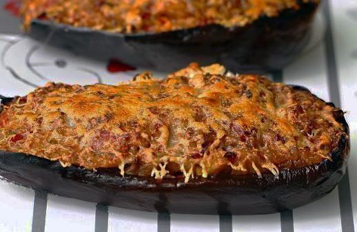 Receta vegetariana de Berenjenas rellenas al horno