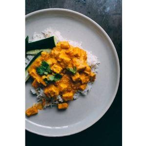 Pollo al curry con arroz - Mares lingua