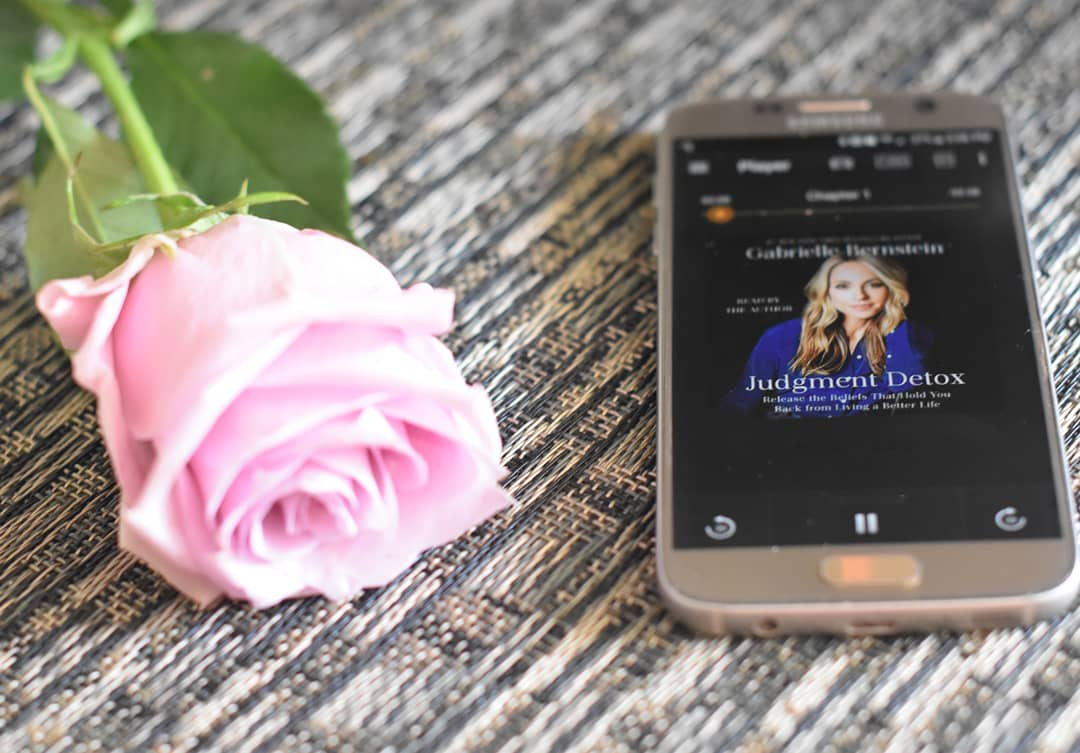 """Thoughts on """"Judgment Detox"""" by Gabrielle Bernstein 