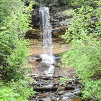 Family-Friendly Visit to Munising Falls | Upper Peninsula, Michigan