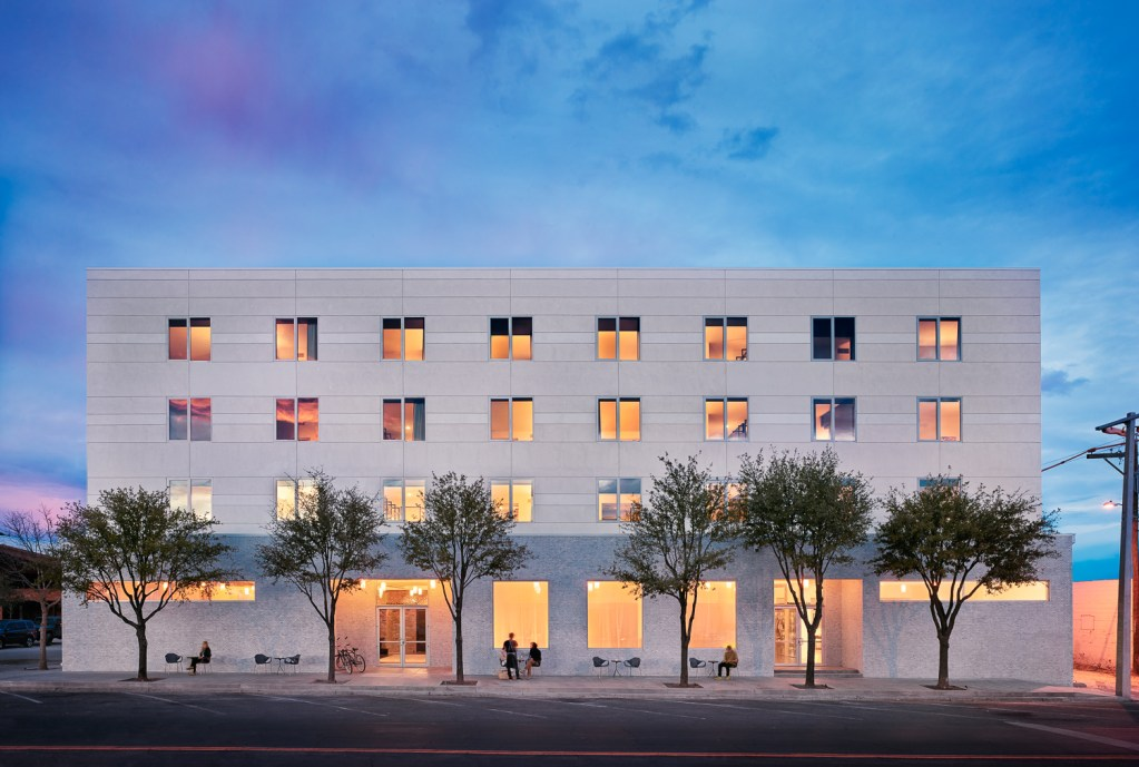 HOTEL SAINT GEORGE Hotel Exterior all people - by Casey Dunn