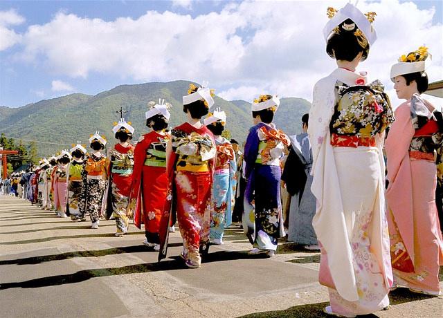 日本三大:會津田島祇園祭 日本第一花嫁行列、喧嘩屋臺、孩童歌舞伎 – 瑪格。圖寫生活