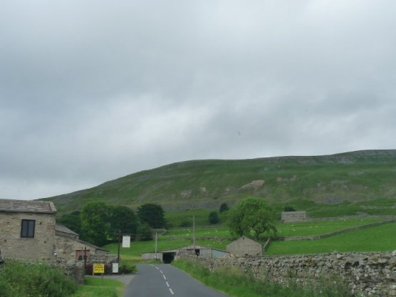 The road towards Buttertubs.