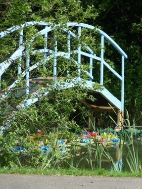 A re-interpretation of Monet's 'Waterlilies' on the village pond.