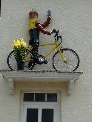Bill? Ben? Or a TdF cyclist?