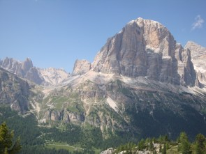 Breathtaking views of Middle Triassic strata in Italy!