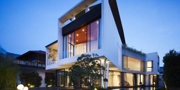 13 Cove Grove designed Aamer Architects