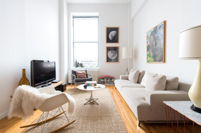 Julie Abrahamson's Greenwich Apartment (1 of 20)