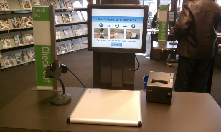 Self_checkout_in_library