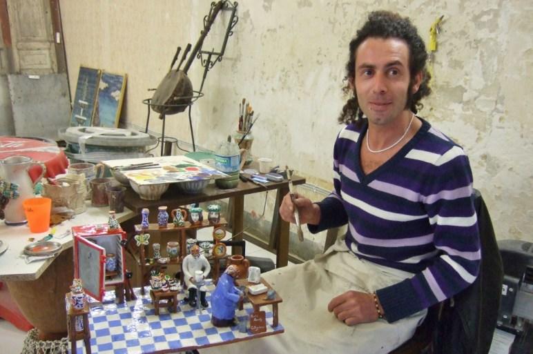 Artist Santy Ufoin Caltagirone