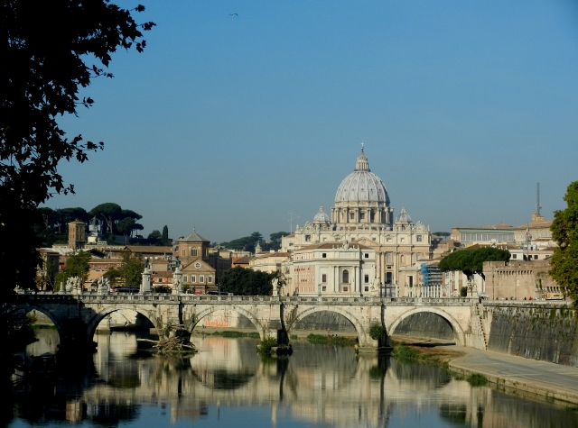 View of St Peter's from the Tiber????