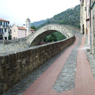 Discover Dolceacqua – A Small Town in Northern Italy