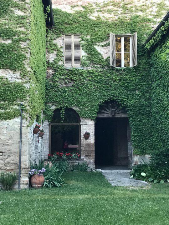 Palazzo Donati Le Marche photo by Margie Miklas