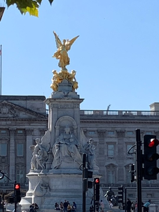 Buckingham Palace London Photo by Margie Miklas