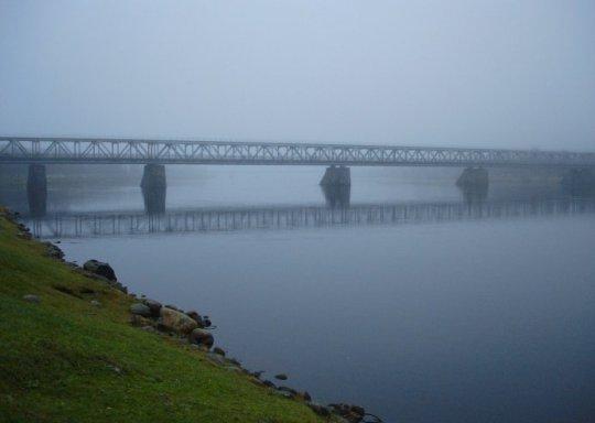 Rovaniemi: die Brücke