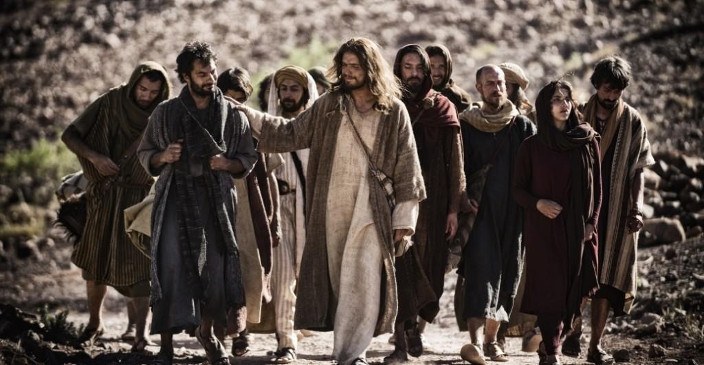 Twelve Apostles male men