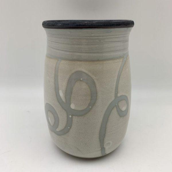 Loop-Design Porcelain Utensil Holder by Margo Brown