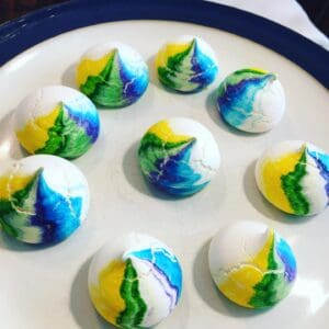 Coloured Meringue Cookies