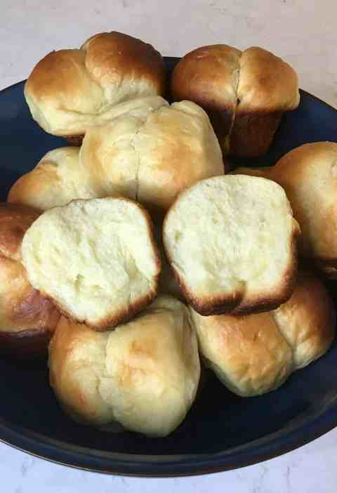 tangzhong dinner rolls