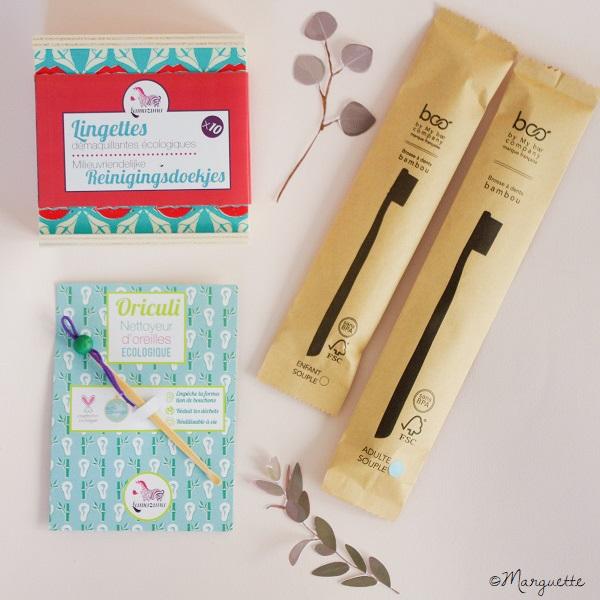 Une brosse à dents en bambou, des lingettes lavables et un cure oreille sont des accessoires qui mèneront votre salle de bain au zéro déchet.