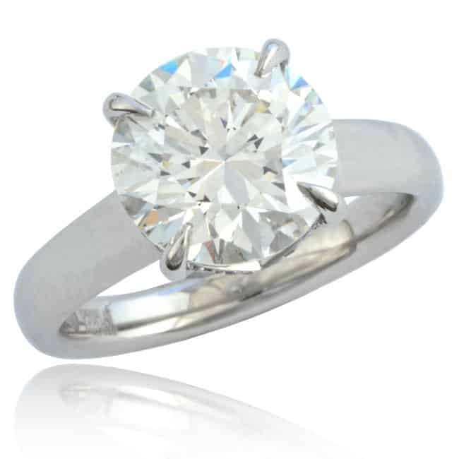 Engagement Diamond Ring Image