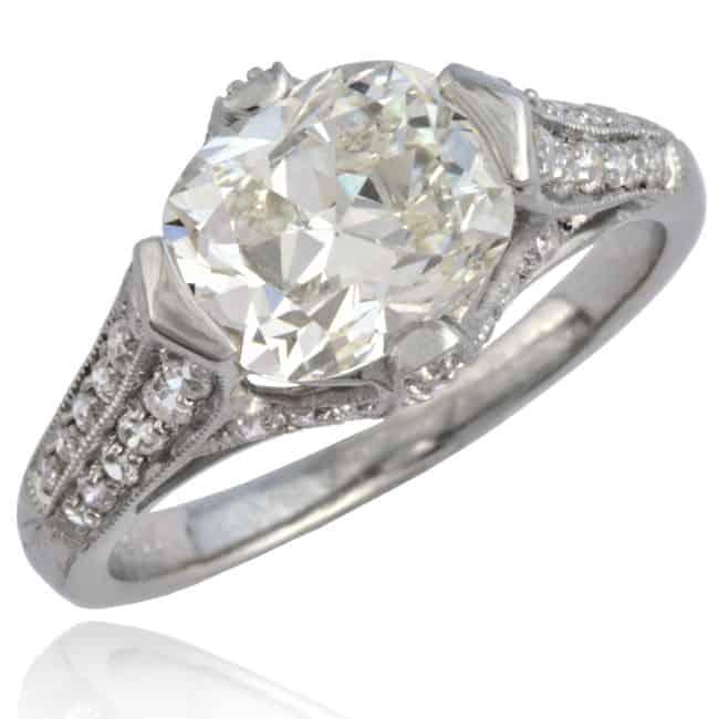 Cushion shape Diamond Ring Image