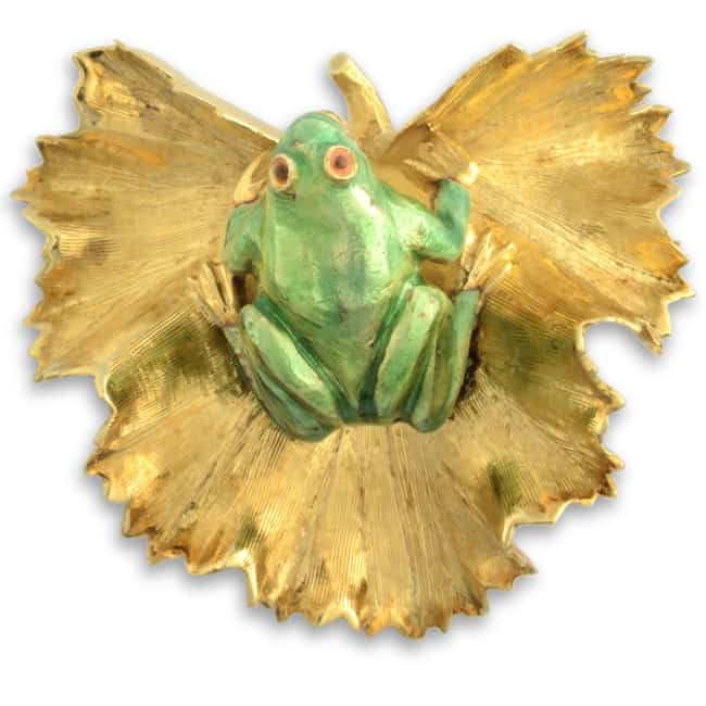 Estate Green Frog on Lilypad Brooch Image